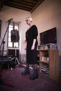 Molly Nilsson Houseshow, 13/04/12