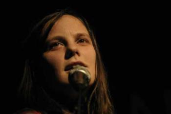 Scout Niblett, par Marie Gallic pour POPnews